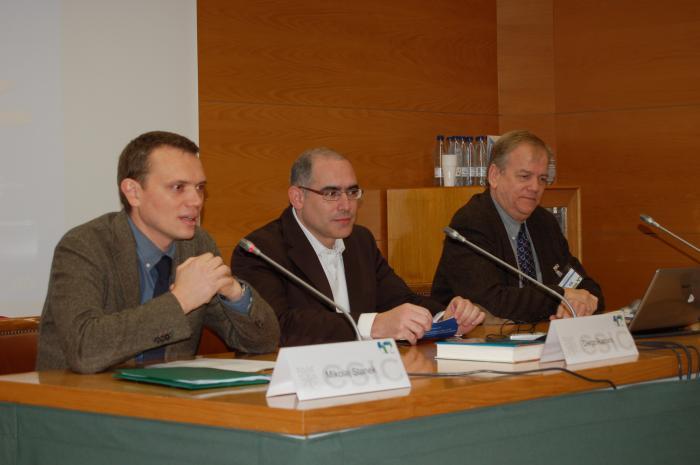 http://www.congresos.cchs.csic.es/conferenciasureste2011/sites/congresos.cchs.csic.es.conferenciasureste2011/files/galeria/1.JPG