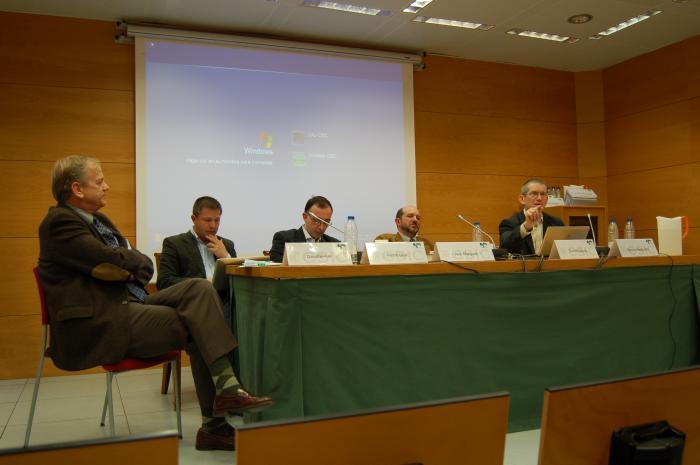 http://www.congresos.cchs.csic.es/conferenciasureste2011/sites/congresos.cchs.csic.es.conferenciasureste2011/files/galeria/11.JPG