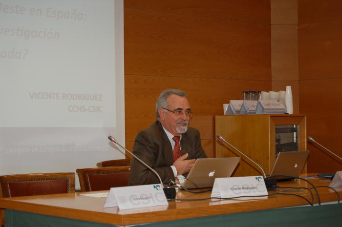 http://www.congresos.cchs.csic.es/conferenciasureste2011/sites/congresos.cchs.csic.es.conferenciasureste2011/files/galeria/15.JPG