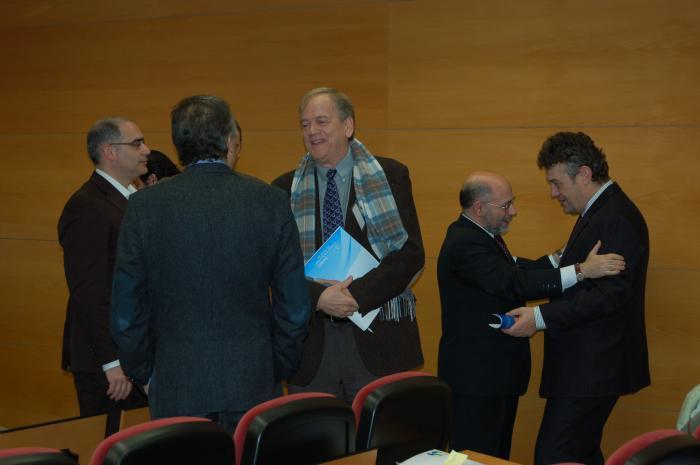 http://www.congresos.cchs.csic.es/conferenciasureste2011/sites/congresos.cchs.csic.es.conferenciasureste2011/files/galeria/30.JPG