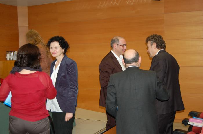 http://www.congresos.cchs.csic.es/conferenciasureste2011/sites/congresos.cchs.csic.es.conferenciasureste2011/files/galeria/31.JPG