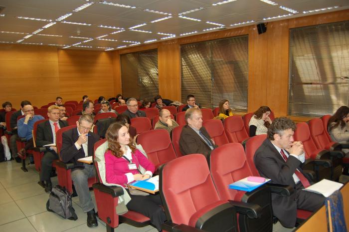 http://www.congresos.cchs.csic.es/conferenciasureste2011/sites/congresos.cchs.csic.es.conferenciasureste2011/files/galeria/6_0.JPG