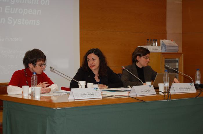 http://www.congresos.cchs.csic.es/conferenciasureste2011/sites/congresos.cchs.csic.es.conferenciasureste2011/files/galeria/7.JPG